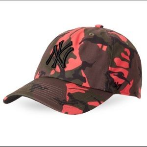 47 Accessories - NY Yankees Camo Hat 3d2d1002956